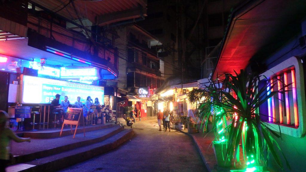 バンコク 夜遊び