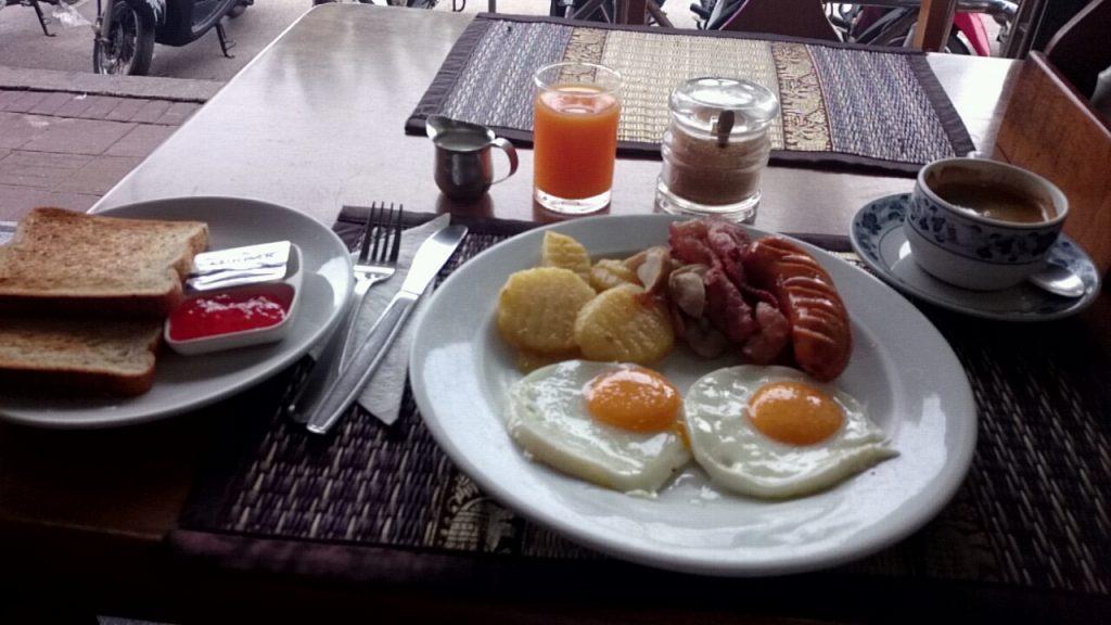 ベイウォッチの朝食